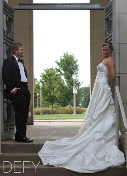 bride and groom at the muny