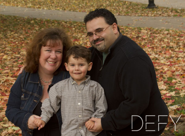 fall family of three